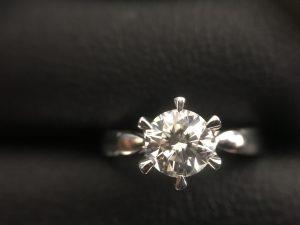 「大吉新宿本店」ダイヤを高価買取りしています!