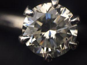 ダイヤモンドの買取ならお任せください!大吉イオンタウンユーカリが丘店です!