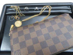 貴金属アクセサリー・ブランド財布 ルイ・ヴィトンお買取りさせて頂きました。
