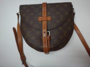 大吉調布店で買取したヴィトン(LV)のバッグ