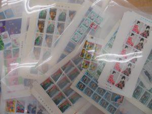 本日は切手をお買取りさせて頂きました。