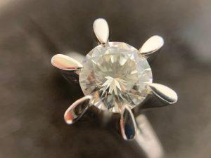 佐伯市のお客様よりダイヤモンドをお買取り致しました!買取専門店大吉 アルパーク広島店でございます!