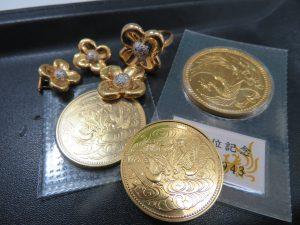 ゴールドアクセサリー・ゴールド硬貨 10万円硬貨をお買取りさせて頂きました。