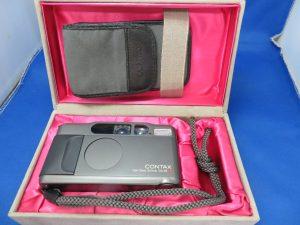 本日はコンタックスのカメラをお買取りをさせて頂きました。