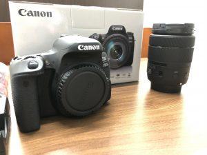 Canon EOS9000D1
