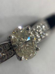 0.7ctのダイヤリングをお買取り致しました!