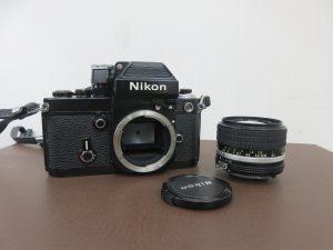 本日はNikonのカメラをお買取りさせて頂きました。