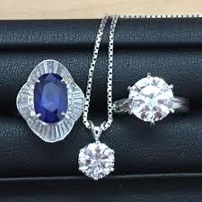 ダイヤモンドを売るなら大吉池田店にお任せを!