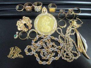 浦安市で大量の貴金属を売るなら『買取専門店 大吉 MONA新浦安店』へ!!