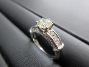 大きいダイヤの買取は大吉ブルメール舞多聞店にお任せください!
