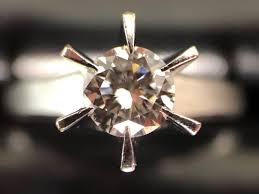 たとえ雨でもダイヤモンドは輝いている…!!買取専門店大吉 アルパーク広島店!