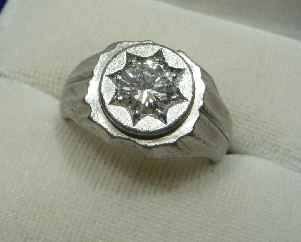 豊田市のプラチナ・ダイヤモンド買取は、大吉豊田店にお任せください★