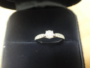 大吉調布店で買取りしたダイヤモンドのリング
