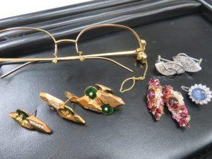 さらに金高騰中!!本日も沢山の貴金属・ジュエリー・メガネ枠お買取りさせて頂きました。