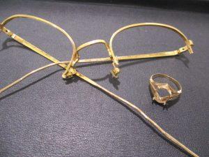 18金メガネフレームの買取は、大吉伊勢ララパーク店にお任せください!