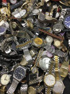 どんな時計もお買取り(*´ω`) ブランド時計だけでなく、あらゆる時計をおまとめ大量買取りさせて頂きます‼ 買取専門店 大吉です('◇')ゞ